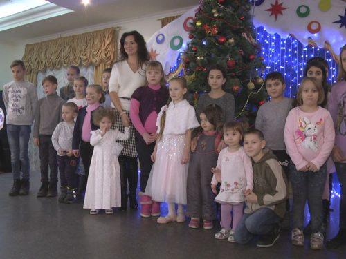Юные новочеркасцы принимали поздравления с наступающим Новым годом
