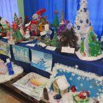 Окунуться в мир детской фантазии предлагает выставка в Доме творчества микрорайона Донской
