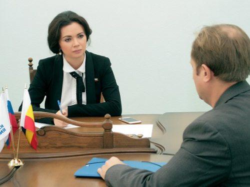 Лидия Новосельцева провела прием по личным вопросам