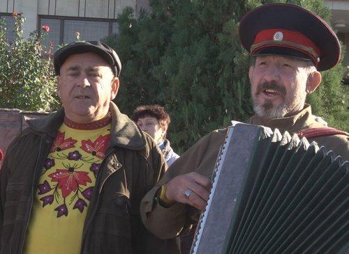Народные гуляния и митинг ко Дню народного единства прошли в казачьей столице