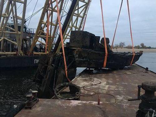 Под Новочеркасском поднято судно, затонувшее во время Великой Отечественной войны