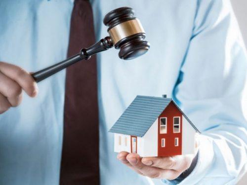 Должники могут лишиться единственного жилья