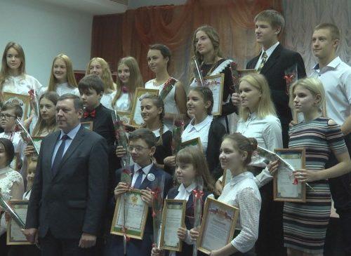 В Новочеркасске чествовали стипендиатов главы администрации