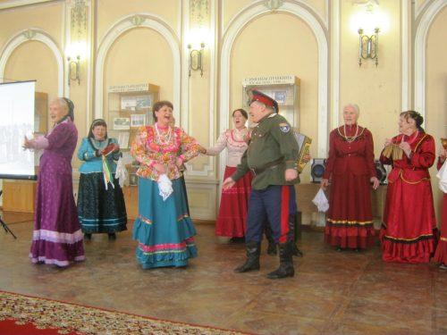 Казачьей песней открывают Год народного творчества в библиотеке