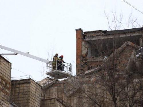 Судьба четырех человек, оказавшихся под завалами в Шахтах остается неизвестной