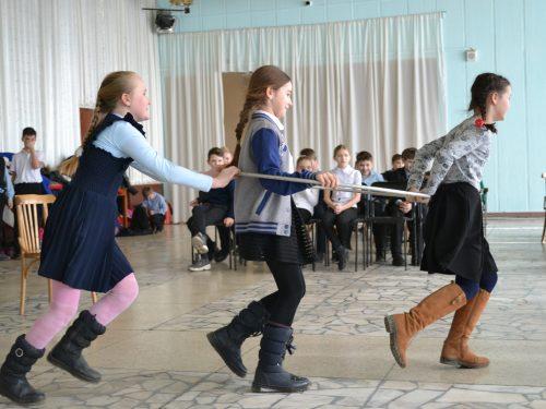 Пока не кончился февраль, на Донском продолжаются зимние забавы