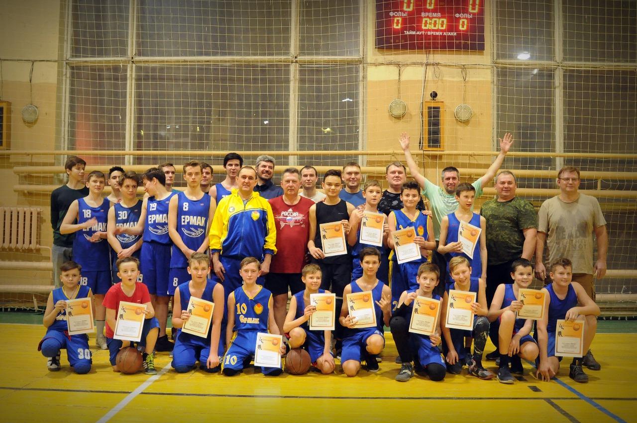 Семейный турнир по баскетболу состоялся в Новочеркасске