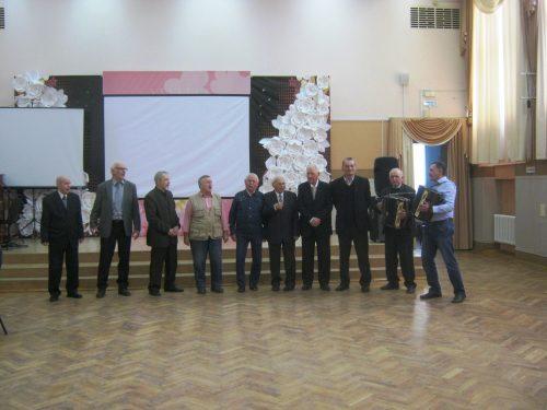 Традиционная встреча клубных формирований состоялась во Дворце культуры электровозостроителей