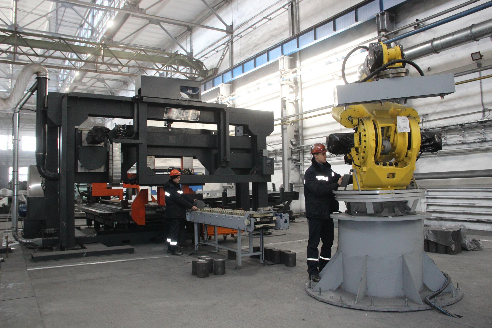 На площадку Ниппельного центра ЭПМ-НЭЗ доставлено оборудование
