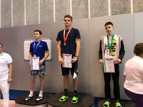 15-летний Новочеркасец впервые выполнил норматив кандидата в мастера спорта по плаванию