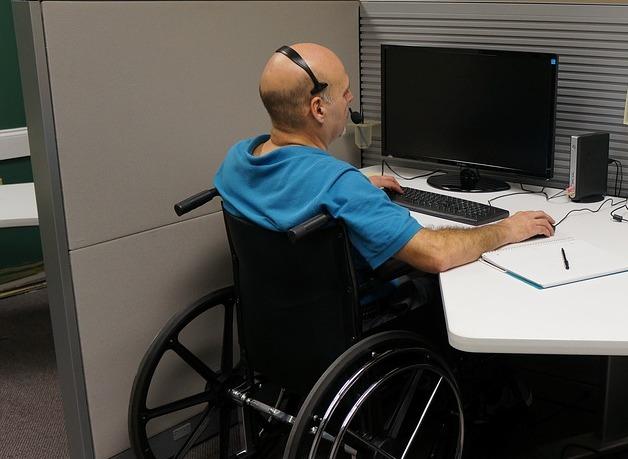 Более 13 тысяч инвалидов нашли место работы в донском регионе в 2017 и 2018 годах