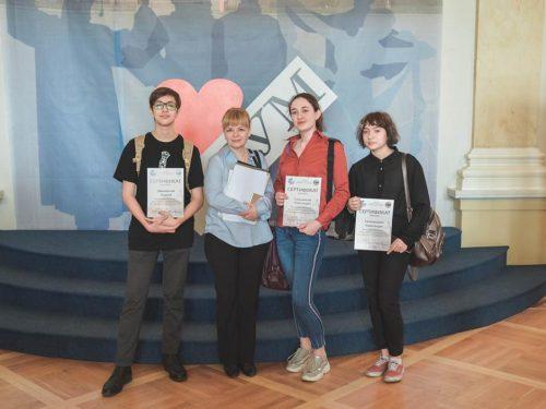 Третье место во Всероссийском конкурсе по журналистике заняла школьная газета новочеркасских юнкоров