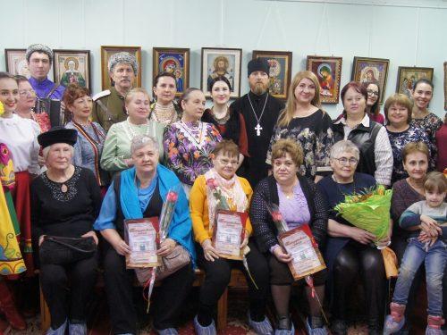 В Доме-музее М.Б. Грекова открылась выставка декоративно-прикладного искусства мастериц студии «Бусинка»