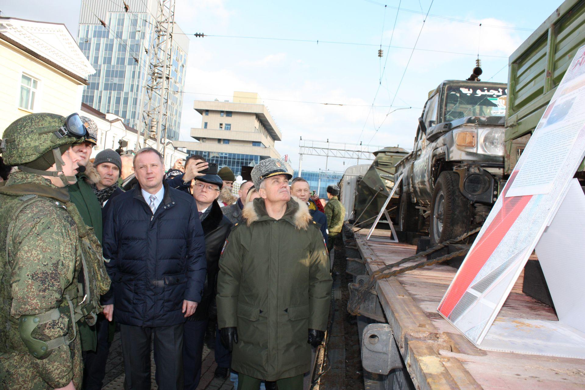 Поезд-выставка военных трофеев из Сирии побывал в Ростовской области