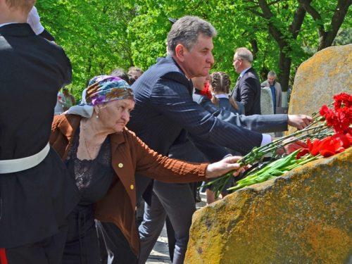 В Новочеркасске почтили память погибших при ликвидации аварии в Чернобыле