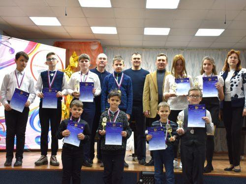 Новочеркасские музыканты выступили с концертом в школе имени Чайковского