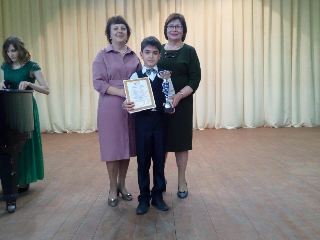 Новочеркасские вокалисты среди победителей зонального конкурса в Шахтах