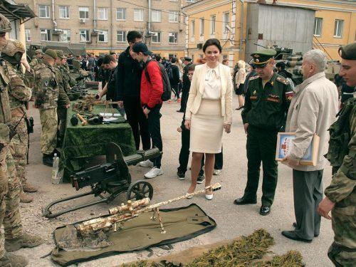 В Новочеркасске отметили 75-ю годовщину освобождения Крыма