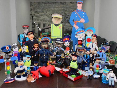 Новочеркасское управление МВД организует выставку поделок к 9 мая