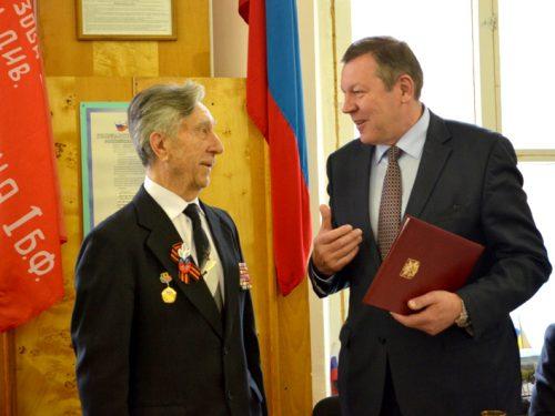 В Новочеркасске открыли выставку, посвященную Почетным гражданам города