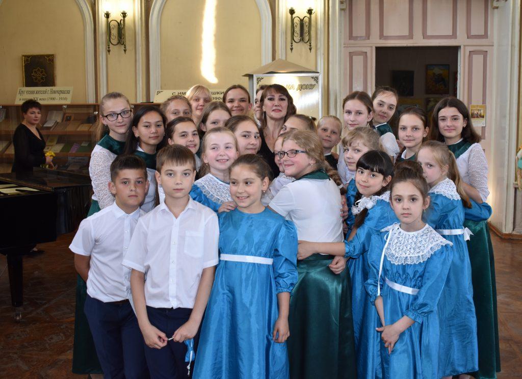 Концерт, посвящённый Дню славянской письменности и культуры, провели преподаватели и учащиеся детской музыкальной школы