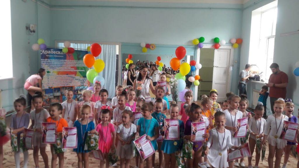 Соревнования юных гимнасток состоялись в Октябрьском