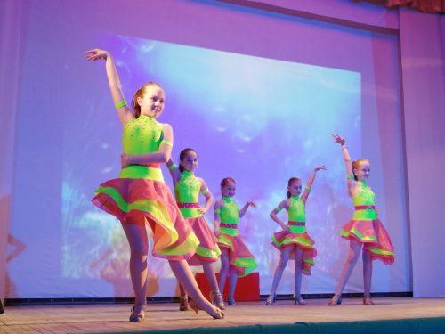 Международный День танца отметили в Октябрьском
