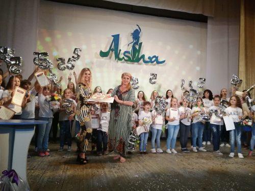 Юбилейный концерт студии «АИША» состоялся в микрорайоне Октябрьском