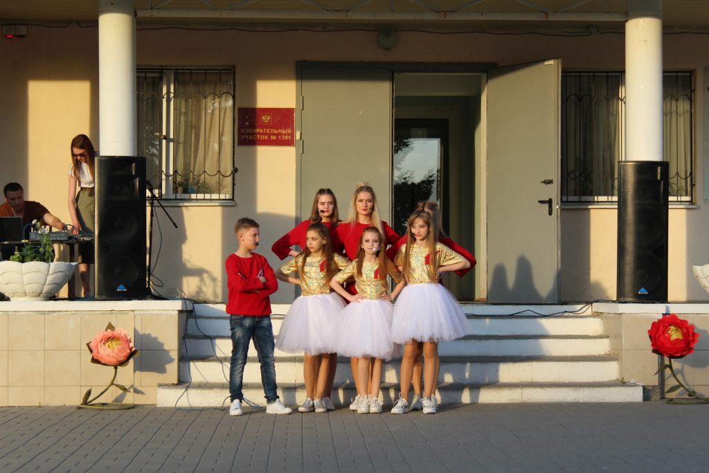 В День города жителей Ключевого пригласили на концерт, а в Луговом устроили развлечения для юных новочеркасцев