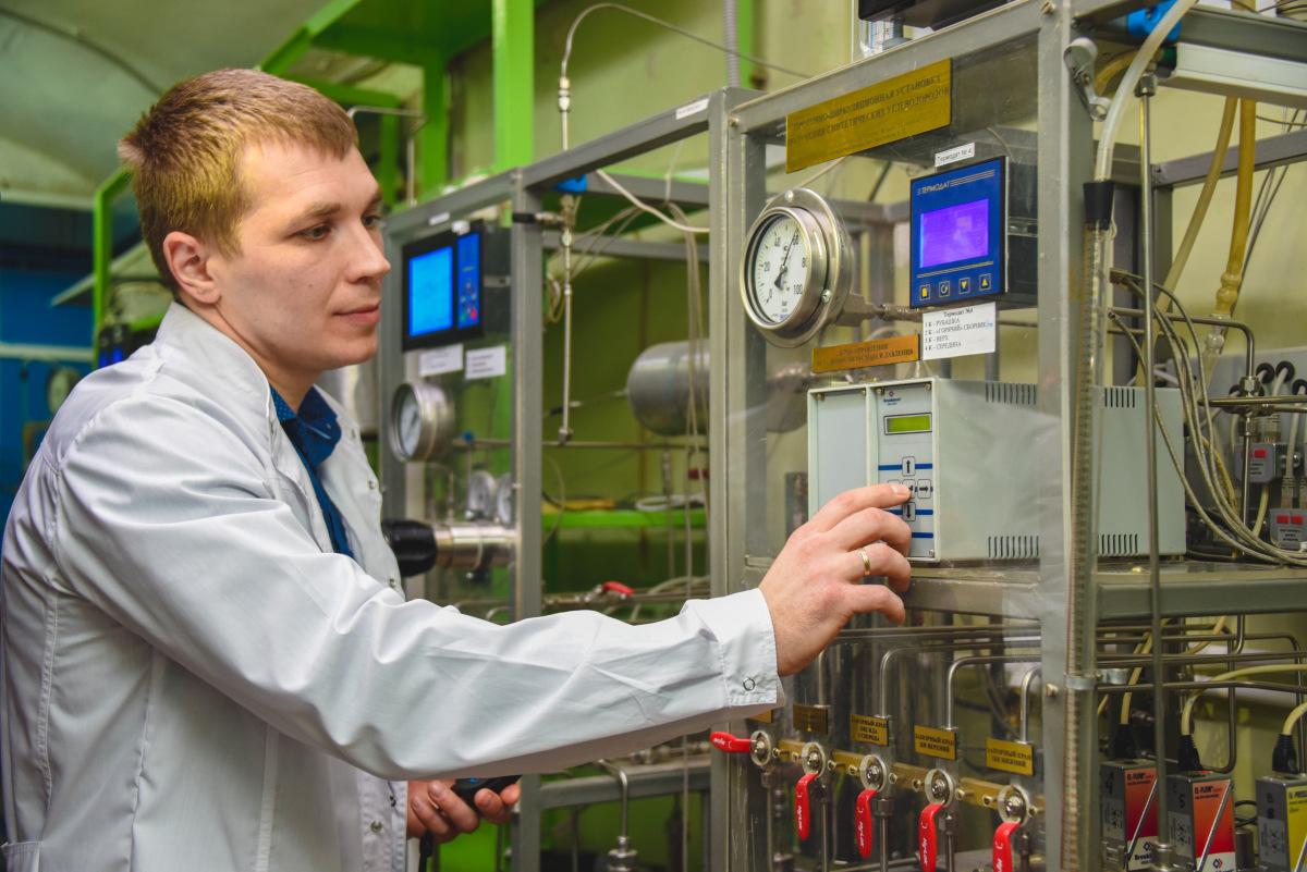 Преподаватель Южно-Российского государственного политехнического университета вошёл в число победителей конкурса «Лучший молодой преподаватель ЮФО»