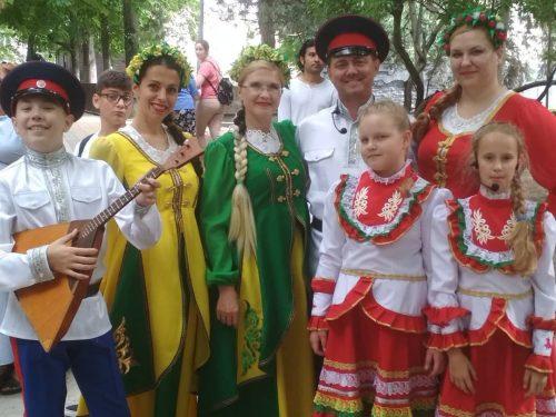 Фольк-группа «Одолень» на областном празднике День русского языка