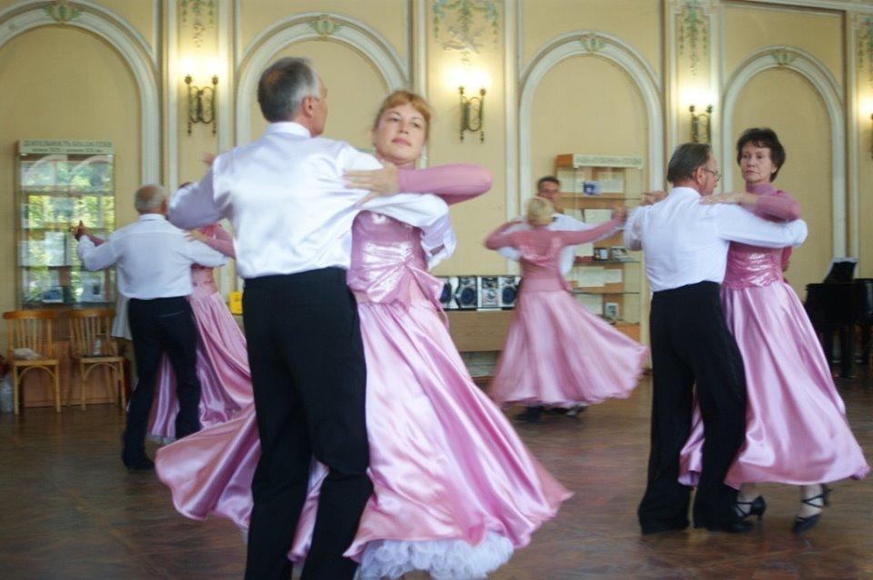 Пушкинский бал прошёл в Центральной городской библиотеке