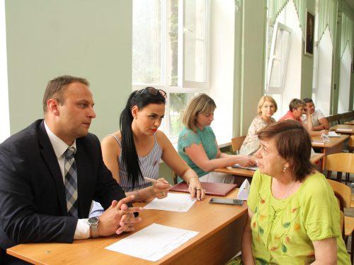 На вопросы жителей Соцгорода и Молодежного ответила информационная группа
