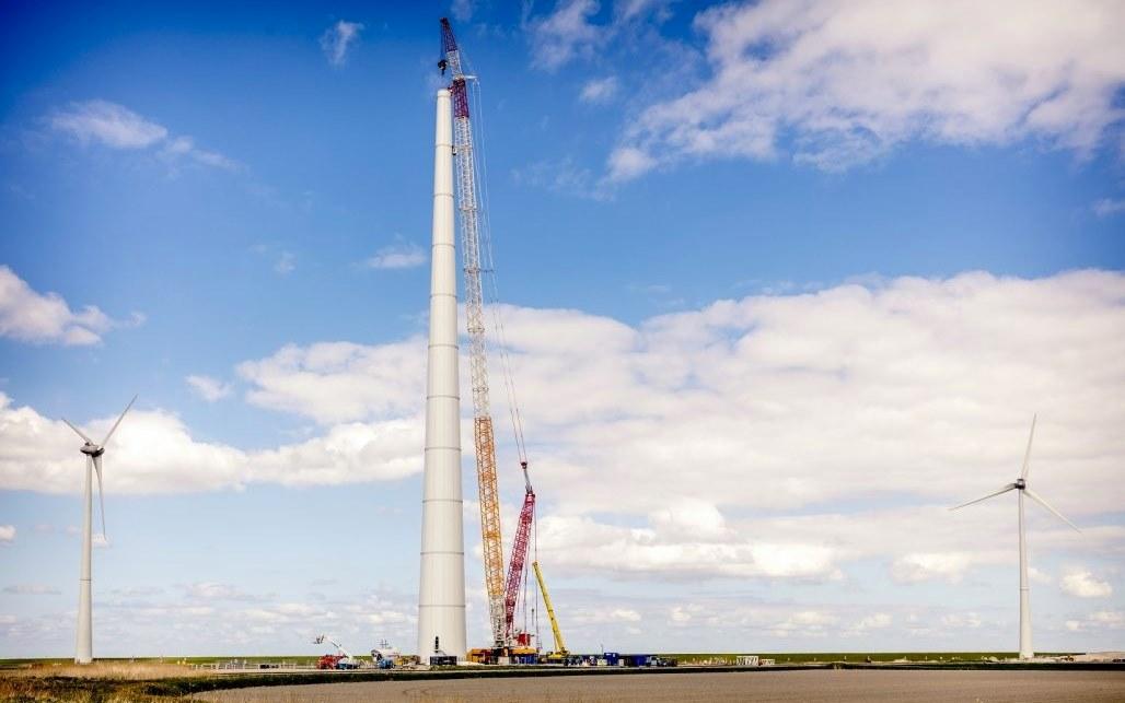 На Дону произвели 16 башен для ветроэнергетических установок