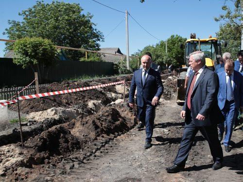 Замену участка водовода в г. Гуково завершат до конца октября