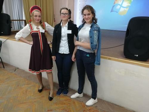 Новочеркасские студентки сильны в творчестве и физике