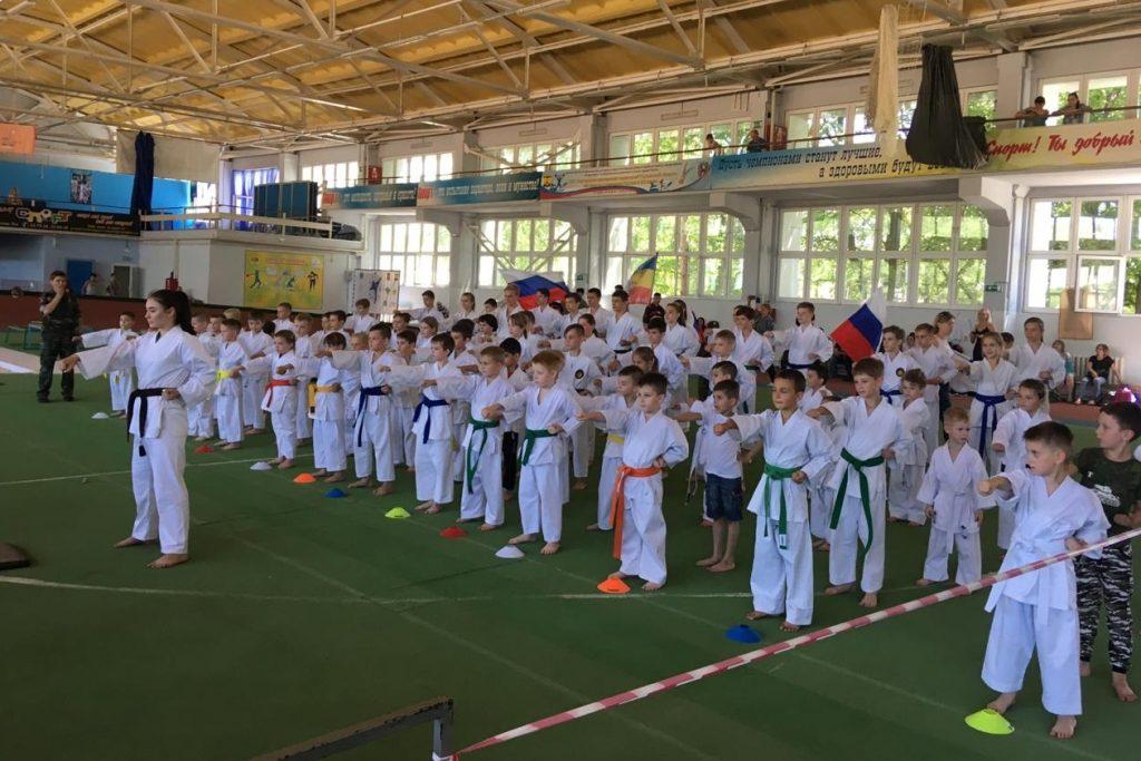 Спартакиада для юных казаков состоялась в городе Шахты