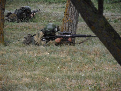 Журналисты Ростовской области работали в условной боевой ситуации на полигоне Кадамовский