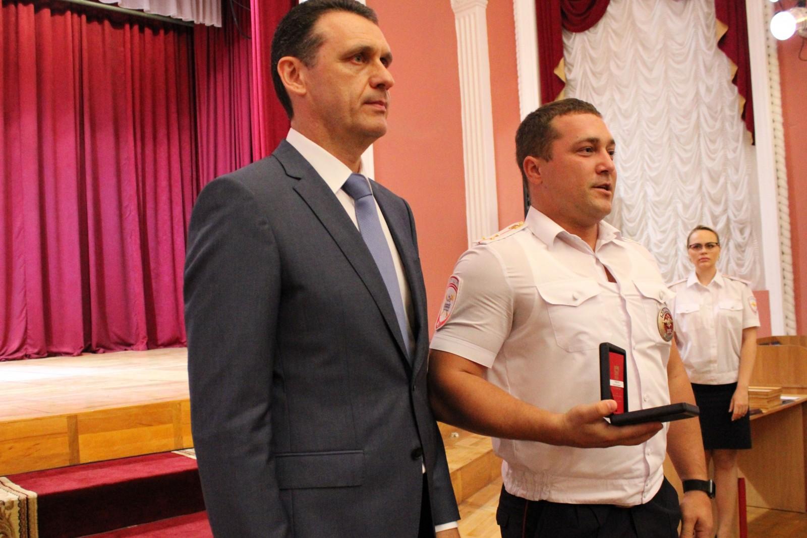 Пять сотрудников Госавтоинспекции донского региона награждены знаком «За ратную службы»