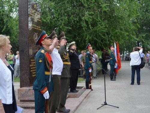 В субботу 13 июля в клубе  бывшего военного училища связи состоится встреча выпускников, окончивших легендарный военный вуз 30 лет назад