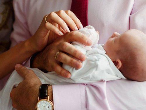 Ежемесячную выплату на первого ребенка получают 11,7 тысячи донских семей