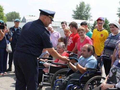 Донской спецназ преподал урок мужества для Новочеркасских инвалидов