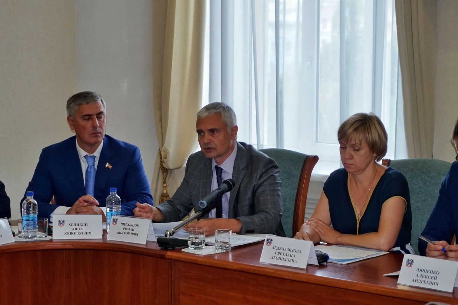 В малом и среднем предпринимательстве занят каждый третий работающий житель Ростовской области