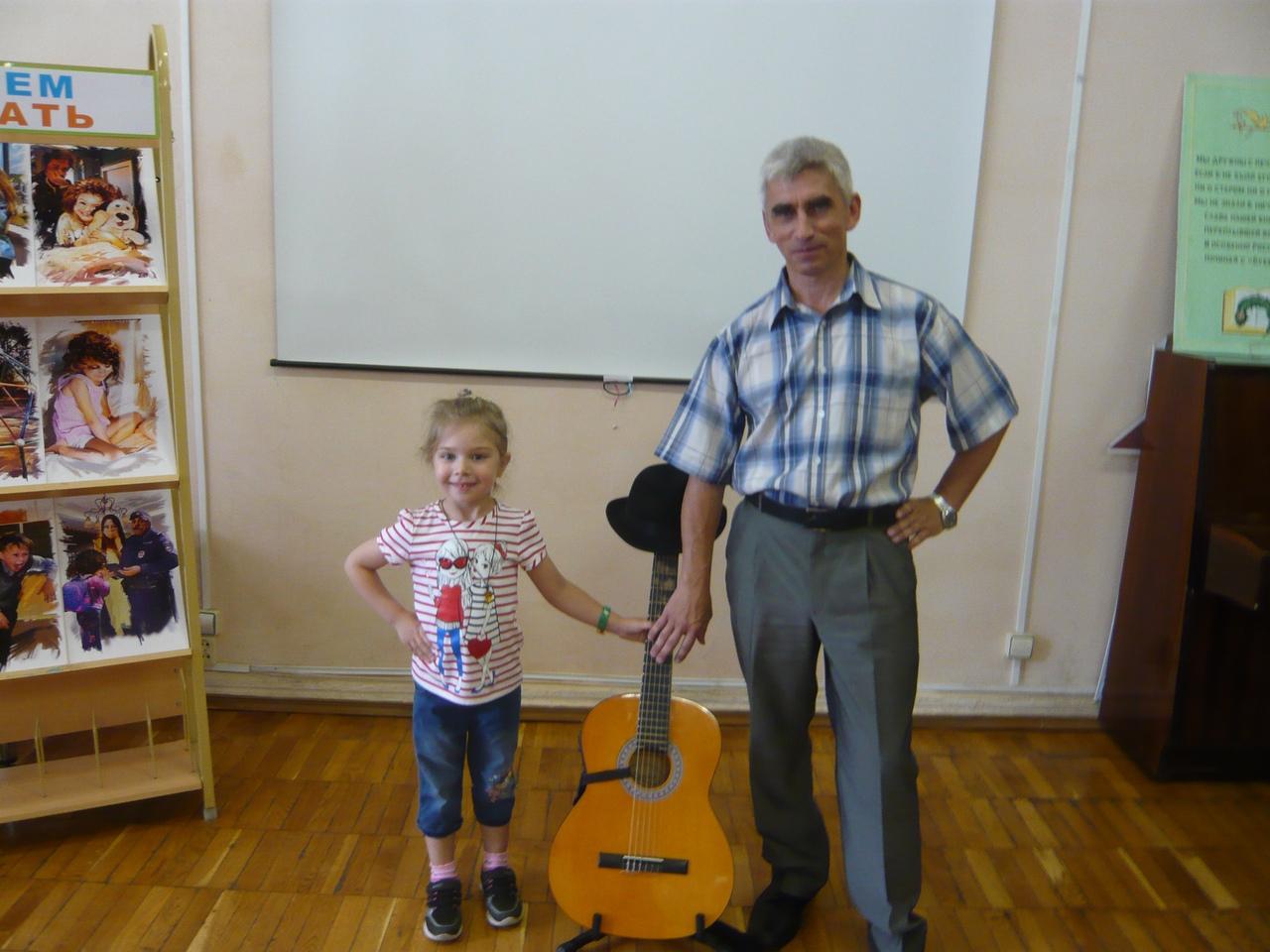 В детской библиотеке состоялась встреча читателей с писателем Владимиром Юриновым