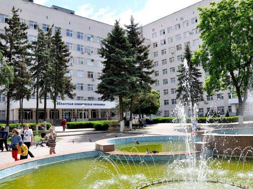 В Ростовской области впервые выполнены офтальмологические операции по пересадке роговицы глаза