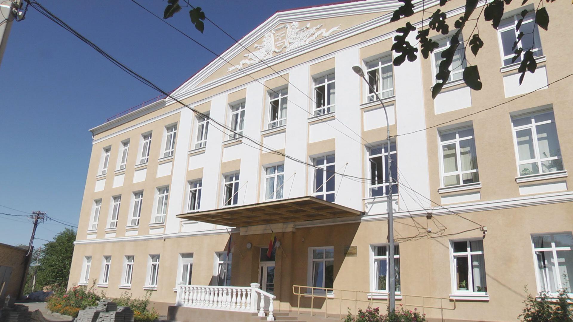 Двойной праздник школы № 2 Новочеркасска