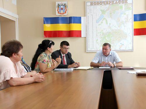 Жители Новочеркасска считают временную схему движения на Хотунке  эффективной