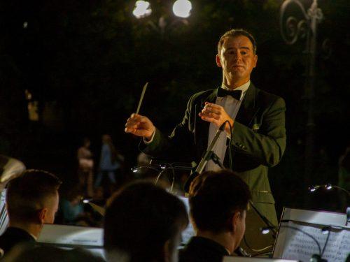 Концерт оркестра духовых инструментов подарят новочеркасцам в день открытия театрального сезона