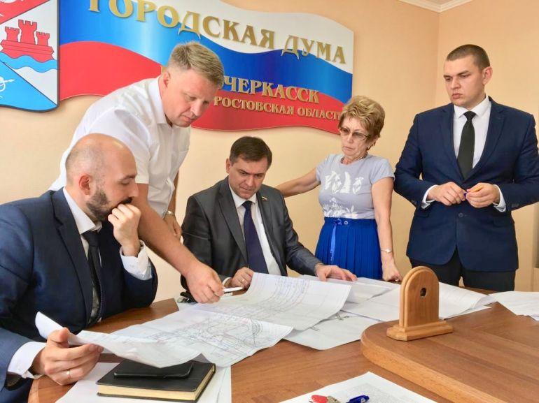 Два варианта проекта расширения дороги по Харьковскому шоссе