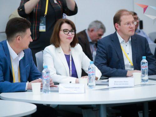 Команда ЮФУ вошла в число участников образовательного интенсива «Остров 10-22» в Сколково